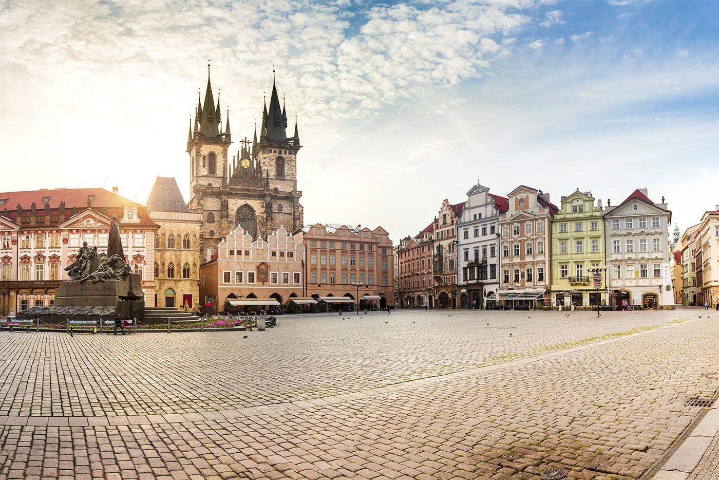 Place de la Vieille Ville et Eglise Notre-Dame de Tyn, Prague