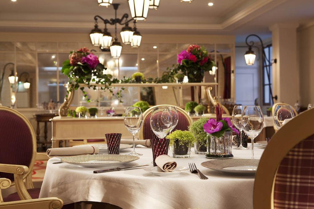 La Table du Connetable Chantilly