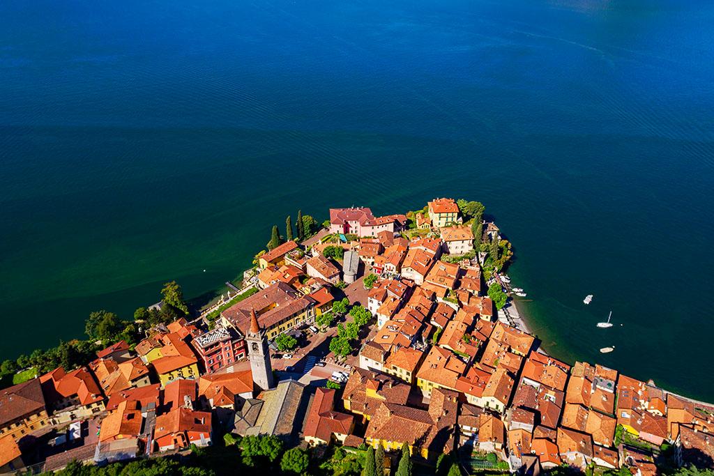 Chateau de Vezio Lac de Come Italie