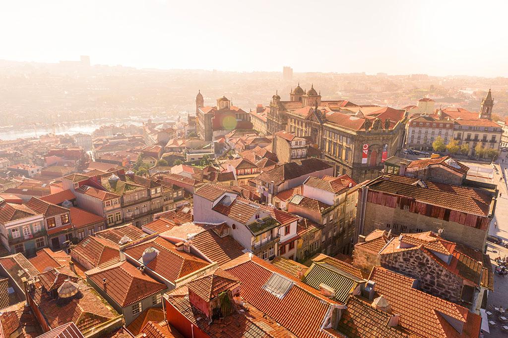 Vue de la Tour des Clercs Porto